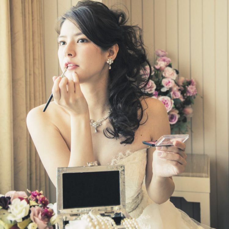 【憧れのプリンセスに♪】月・水限定★ドレス試着×試食フェア